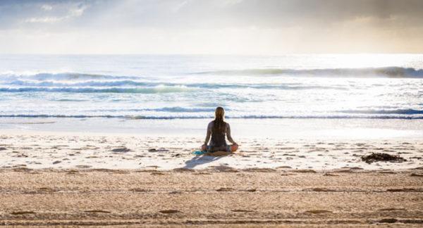 La méditation optimise la concentration et la mémoire par l'entraînement du réseau cérébral : résultats des recherches de Peter Malinowski